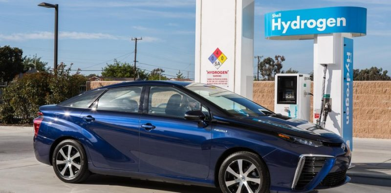 Test drive: Hydrogen fuel cell Toyota Mirai cruises 300 miles, costs $45K – can your EV do that?